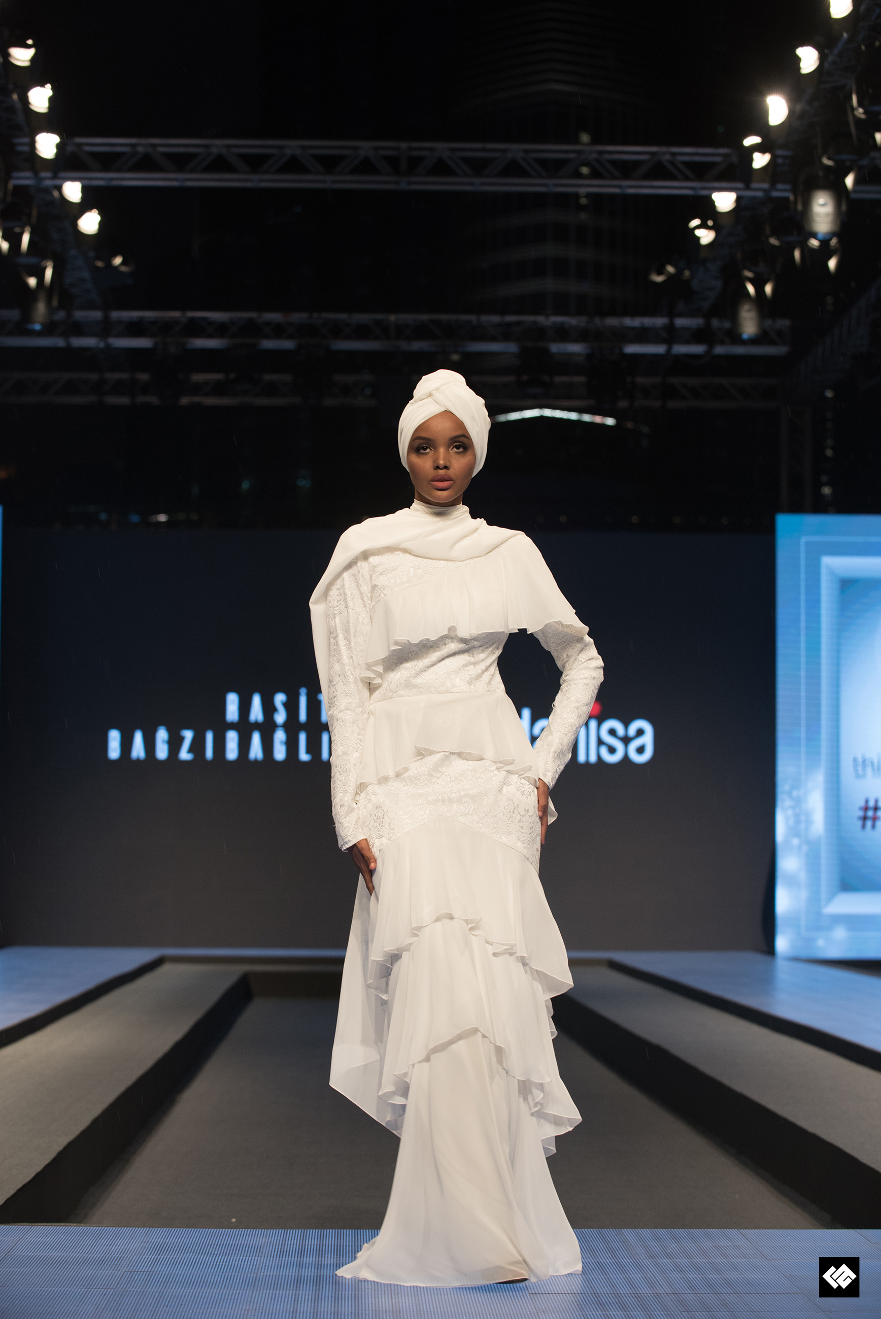 Dubai S First Ever Modest Fashion Week Draws To A Spectacular Close Ocean Style